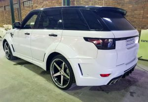 Range Rover Rear 3/4 View