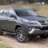 Toyota Fortuner - 2017