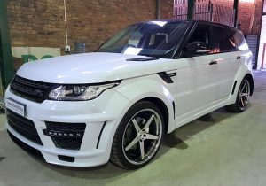 Range Rover Front 3/4 View