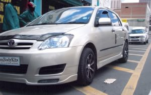 Toyota RunX Front 3/4 View